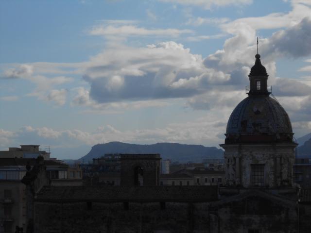 I telamoni della Chiesa del Carmine